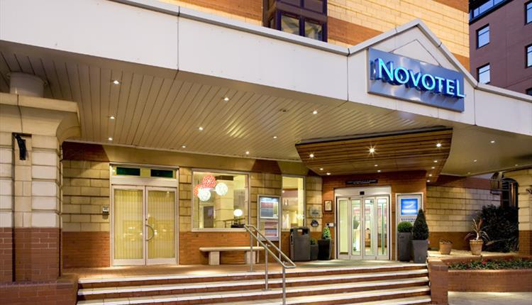 Novotel - Birmingham-taxi.co.uk