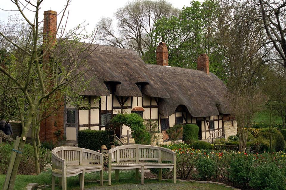 Cottage- Birmingham taxi